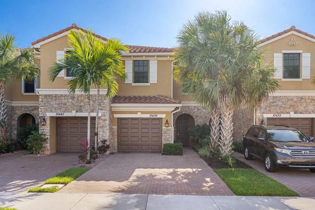 10439 Wellington Parc Drive, Wellington, FL 33449 (MLS #RX-10582607) :: Berkshire Hathaway HomeServices EWM Realty