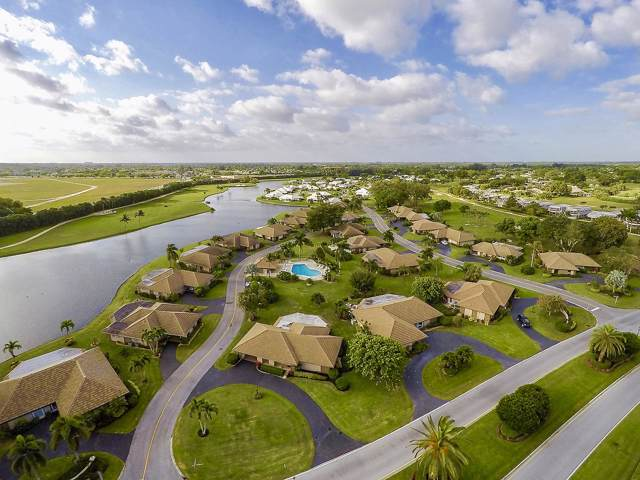 125 Clubhouse Boulevard, Atlantis, FL 33462 (MLS #RX-10583200) :: Berkshire Hathaway HomeServices EWM Realty