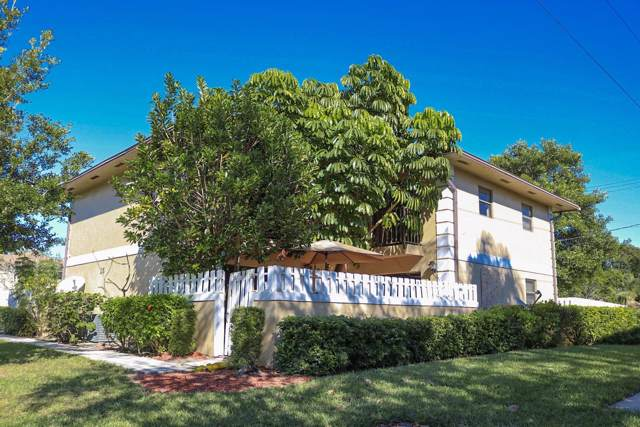 1458 N Lawnwood Circle 25B, Fort Pierce, FL 34950 (#RX-10583419) :: Ryan Jennings Group
