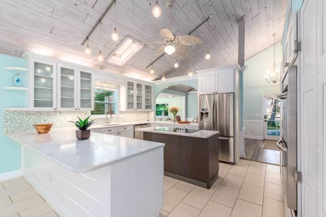 9186 SE Mercury Street, Hobe Sound, FL 33455 (MLS #RX-10583800) :: Berkshire Hathaway HomeServices EWM Realty