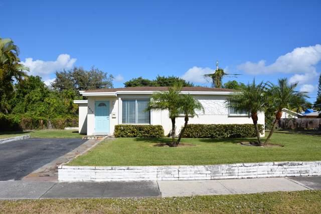 1417 W Jennings Street, Lantana, FL 33462 (#RX-10584396) :: Ryan Jennings Group