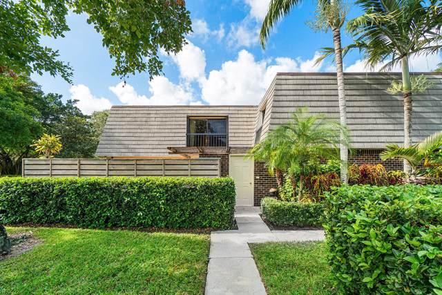 109 1st Terrace, Palm Beach Gardens, FL 33418 (#RX-10584827) :: Dalton Wade