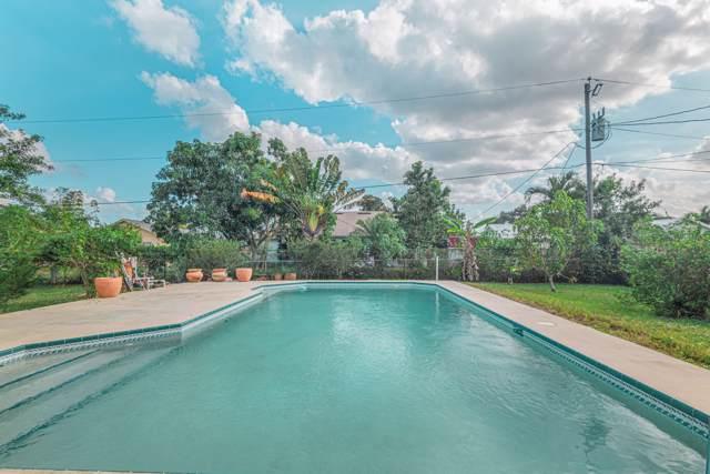 420 SE Streamlet Avenue, Port Saint Lucie, FL 34983 (MLS #RX-10584833) :: Berkshire Hathaway HomeServices EWM Realty