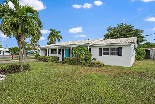 490 W 30th Street, Riviera Beach, FL 33404 (#RX-10585853) :: Ryan Jennings Group