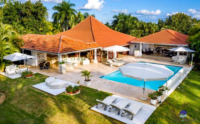 16 Las Cerezas, Casa de Campo, DR 22000 (#RX-10586661) :: Ryan Jennings Group