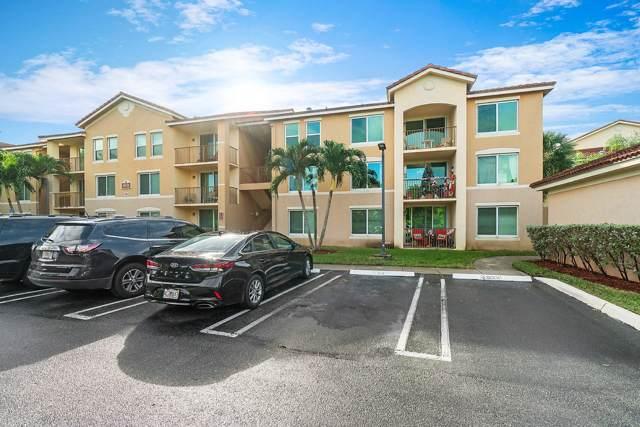 523 Villa Circle, Boynton Beach, FL 33435 (MLS #RX-10588094) :: The Paiz Group