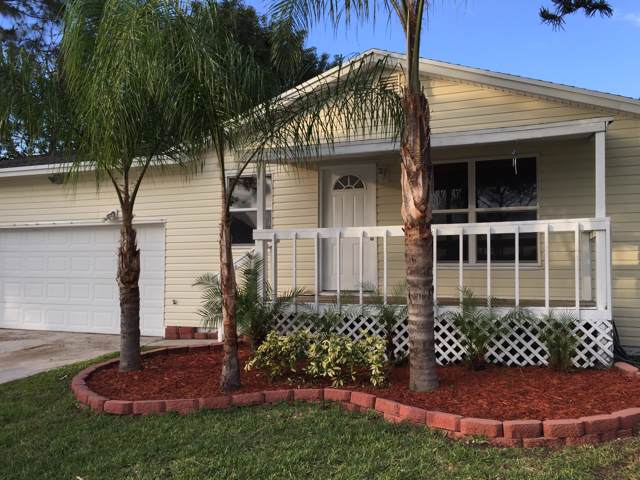 4161 SE Robert Loop Road, Stuart, FL 34997 (#RX-10589170) :: Ryan Jennings Group