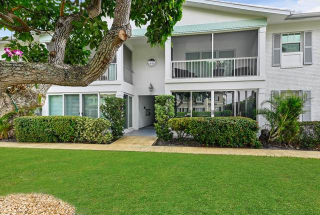 301 Venetian Drive #16, Delray Beach, FL 33483 (#RX-10589282) :: Ryan Jennings Group
