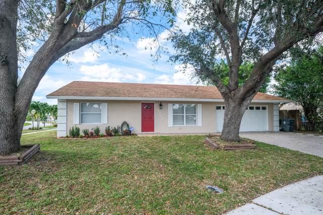 5067 Boa Circle, Lake Worth, FL 33463 (#RX-10590765) :: Ryan Jennings Group