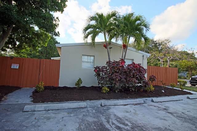 24 SW 4th Avenue, Delray Beach, FL 33444 (MLS #RX-10591552) :: Castelli Real Estate Services