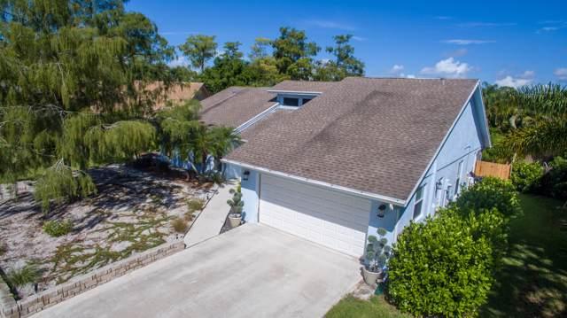 900 Cosmos Court, Wellington, FL 33414 (MLS #RX-10592140) :: Berkshire Hathaway HomeServices EWM Realty