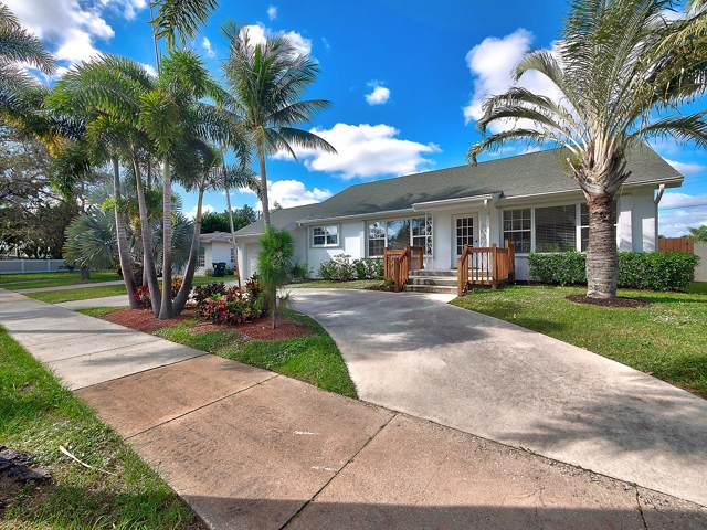 731 Sunset Drive, Lake Worth Beach, FL 33461 (#RX-10592883) :: Ryan Jennings Group