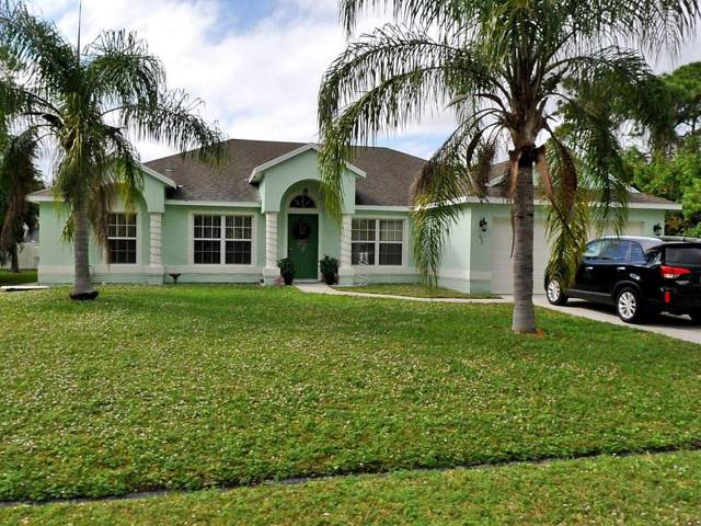 452 NW Raymond Lane, Port Saint Lucie, FL 34983 (#RX-10593192) :: Ryan Jennings Group