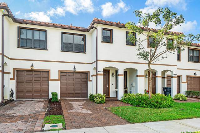 4642 Silver Saw Lane, Lake Worth, FL 33463 (#RX-10593576) :: Ryan Jennings Group