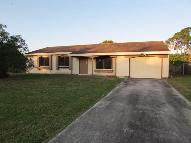 2268 SE Rich Street, Port Saint Lucie, FL 34984 (#RX-10594392) :: Ryan Jennings Group