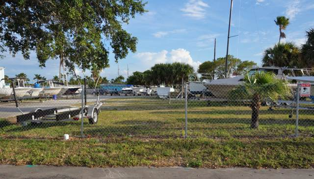 21 Fishermans Wharf Road, Fort Pierce, FL 34950 (#RX-10594552) :: Ryan Jennings Group