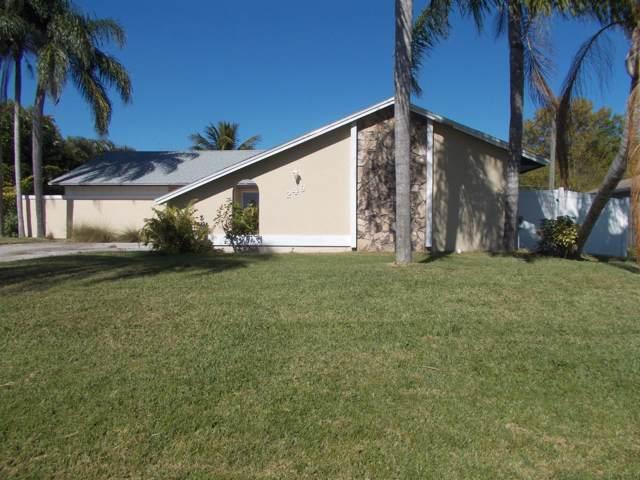 249 NW Goldcoast Avenue, Port Saint Lucie, FL 34983 (MLS #RX-10594608) :: The Paiz Group
