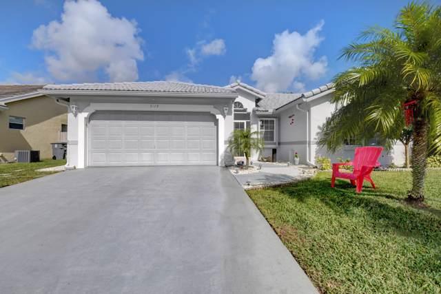 5179 Rosen Boulevard, Boynton Beach, FL 33472 (#RX-10595013) :: Ryan Jennings Group