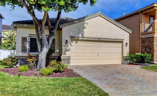 10297 Olde Clydesdale Circle, Wellington, FL 33449 (#RX-10595113) :: Ryan Jennings Group