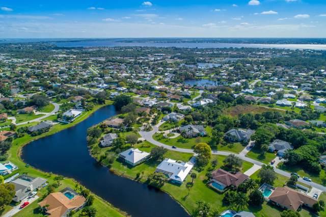 527 NE Silver Oak Terrace, Jensen Beach, FL 34957 (#RX-10595123) :: The Rizzuto Woodman Team