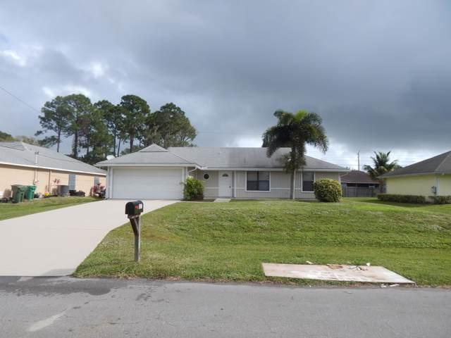 3025 SW Circle Street, Port Saint Lucie, FL 34953 (#RX-10595678) :: Ryan Jennings Group