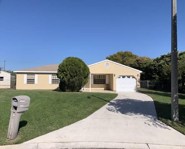 1301 SE Starklake Court, Port Saint Lucie, FL 34952 (#RX-10595812) :: Ryan Jennings Group