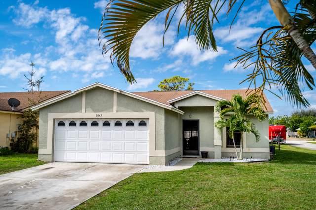 5843 SE Grafton Drive, Stuart, FL 34997 (#RX-10596866) :: Ryan Jennings Group
