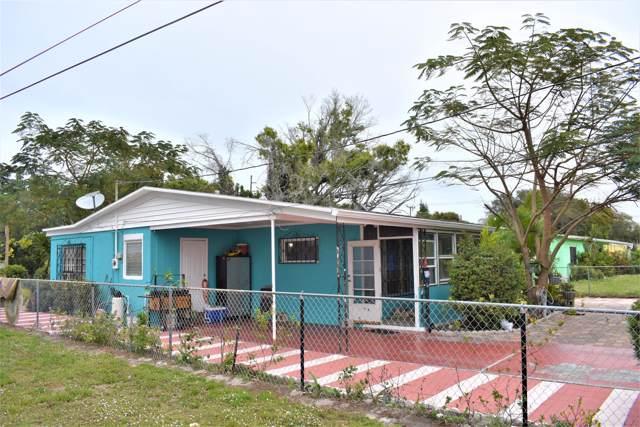 2108 Avenue P Avenue, Fort Pierce, FL 34950 (#RX-10597333) :: Ryan Jennings Group
