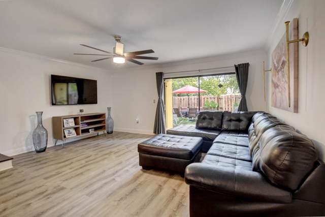 1049 NE 210th Terrace Terrace, Miami, FL 33179 (#RX-10597440) :: Ryan Jennings Group