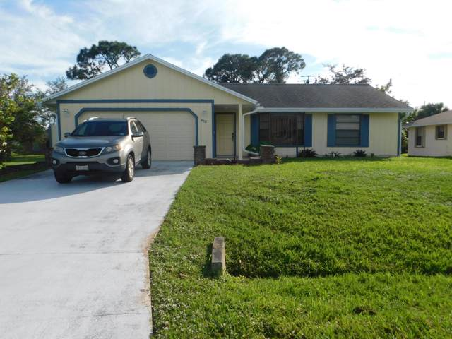 612 SE Crescent Avenue, Port Saint Lucie, FL 34984 (#RX-10597711) :: Ryan Jennings Group