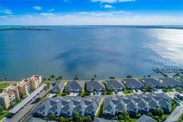 4037 NE Moon River Circle, Jensen Beach, FL 34957 (#RX-10598036) :: Ryan Jennings Group
