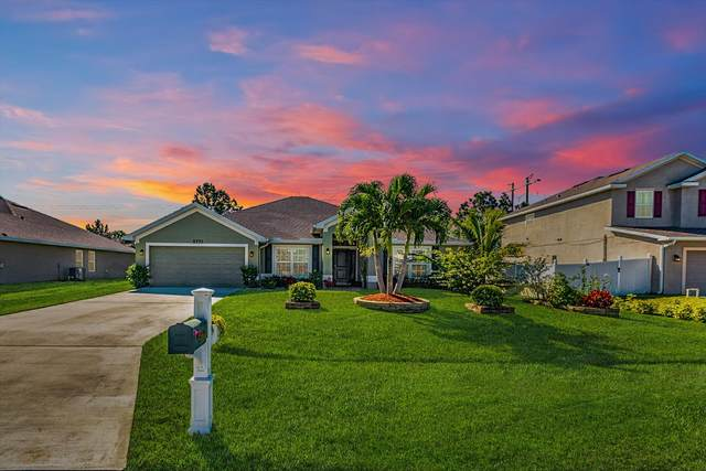 5771 NW Lynn Court, Port Saint Lucie, FL 34986 (MLS #RX-10598225) :: Berkshire Hathaway HomeServices EWM Realty