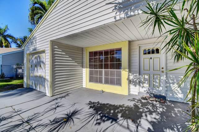5048 Silver Maple Lane, Boynton Beach, FL 33472 (#RX-10598228) :: Ryan Jennings Group