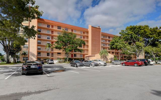 14623 Bonaire Blvd #106, Delray Beach, FL 33446 (MLS #RX-10598388) :: The Paiz Group