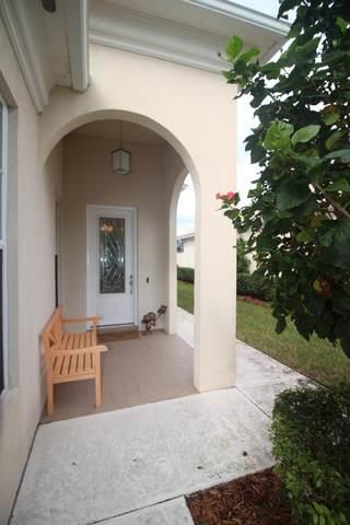 8168 SE Paurotis Lane, Hobe Sound, FL 33455 (#RX-10598872) :: Ryan Jennings Group