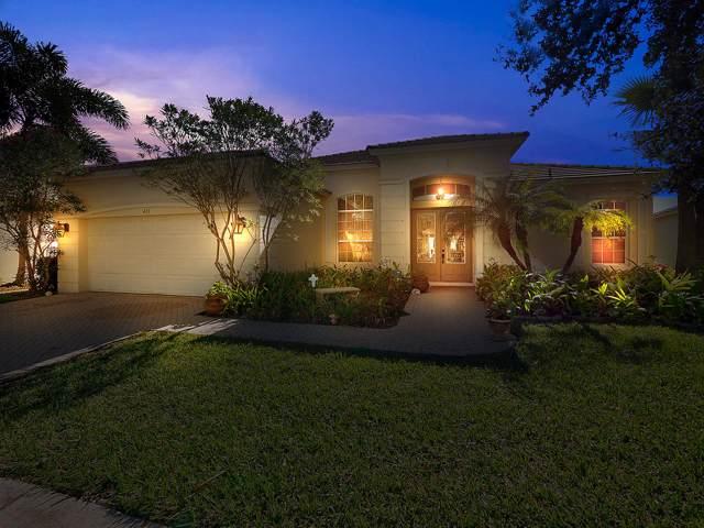 413 SW Blue Springs Court, Port Saint Lucie, FL 34986 (#RX-10598952) :: Ryan Jennings Group