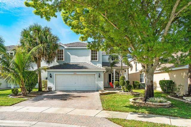 176 Canterbury Place, Royal Palm Beach, FL 33414 (#RX-10599093) :: Ryan Jennings Group