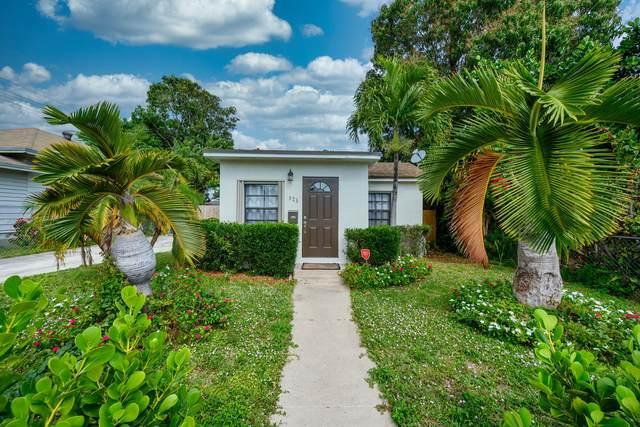 625 Monroe Drive, West Palm Beach, FL 33405 (#RX-10599202) :: Ryan Jennings Group