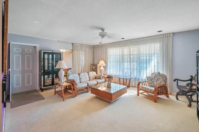 7201 W Oakridge Circle A, Lake Worth, FL 33462 (#RX-10599299) :: Ryan Jennings Group