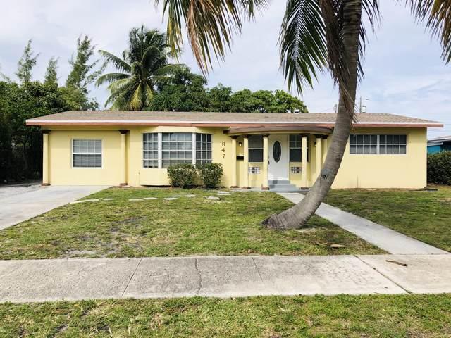 847 Evergreen Drive, Lake Park, FL 33403 (#RX-10599452) :: Ryan Jennings Group