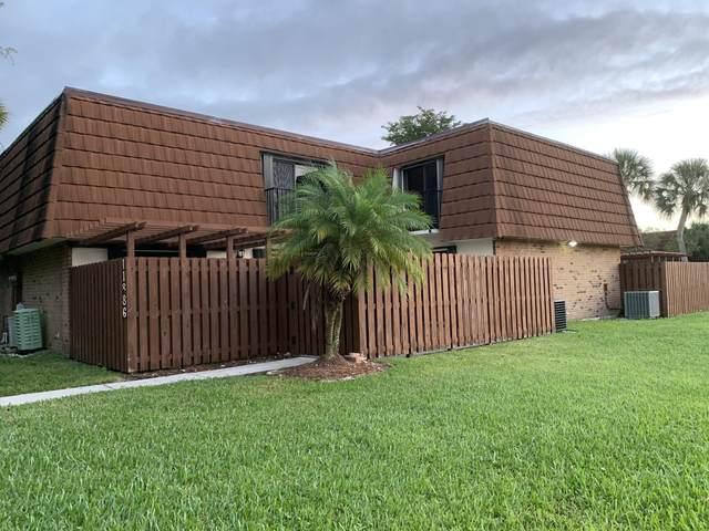 11886 SW 8th Court, Davie, FL 33325 (#RX-10599574) :: Ryan Jennings Group