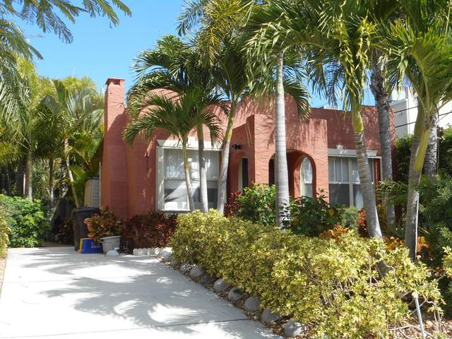 411 Colonial Road, West Palm Beach, FL 33405 (#RX-10599617) :: Ryan Jennings Group