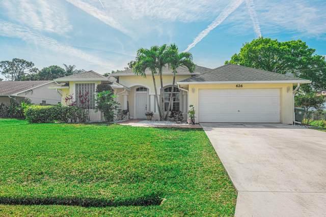 626 SE Damask Avenue, Port Saint Lucie, FL 34983 (MLS #RX-10599658) :: The Paiz Group