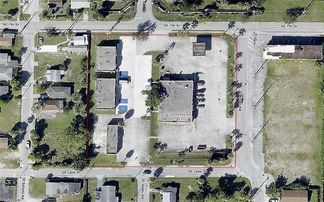 720 SE Martin Luther King Jr Boulevard, Stuart, FL 34994 (MLS #RX-10599945) :: The Paiz Group