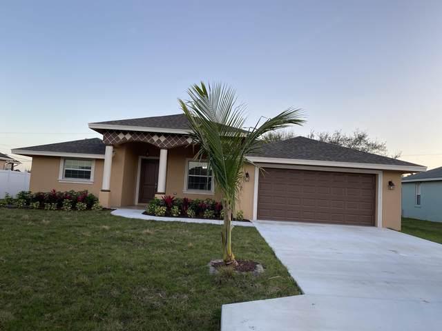 772 SW Dolores Avenue, Port Saint Lucie, FL 34983 (MLS #RX-10600027) :: Berkshire Hathaway HomeServices EWM Realty