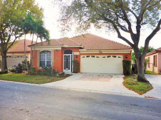2045 Bonisle Circle, Riviera Beach, FL 33418 (#RX-10600094) :: Ryan Jennings Group