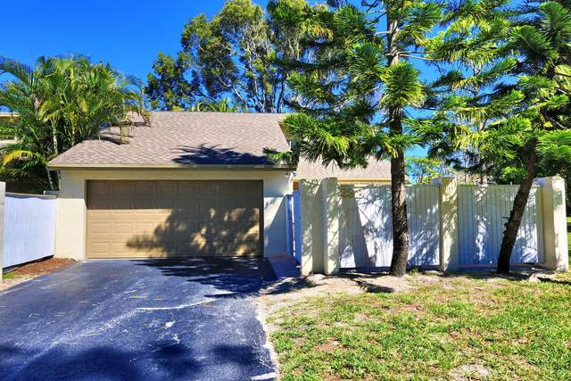 292 Wood Dale Drive, Wellington, FL 33414 (#RX-10600131) :: Ryan Jennings Group