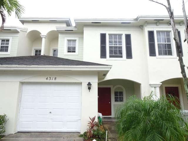 4318 Emerald, Lake Worth, FL 33461 (#RX-10600376) :: Ryan Jennings Group