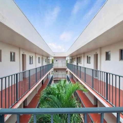 5160 Las Verdes Circle #323, Delray Beach, FL 33484 (#RX-10600827) :: Ryan Jennings Group