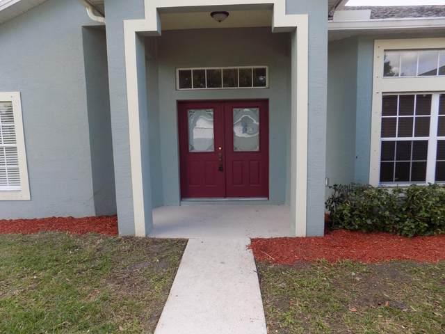 8007 Westmont Drive, Fort Pierce, FL 34951 (#RX-10600913) :: Ryan Jennings Group